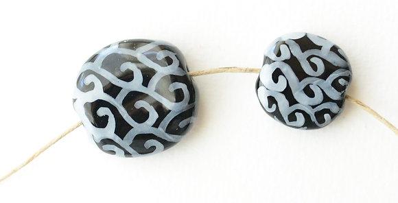 black and white swirls pita pat