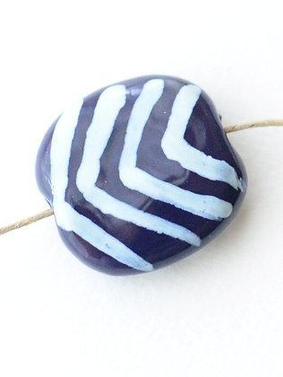 purple pansy with white jazzy v's pita pat