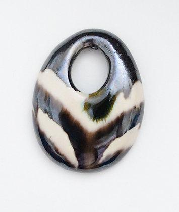 oval brown/cream gaby pendant