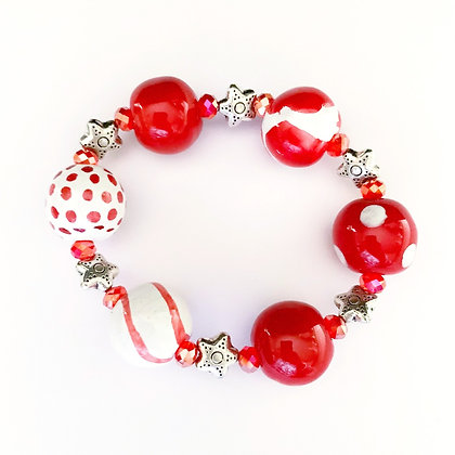 red patterns with stars bracelet