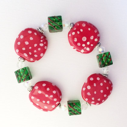 red dots and green squares bracelet