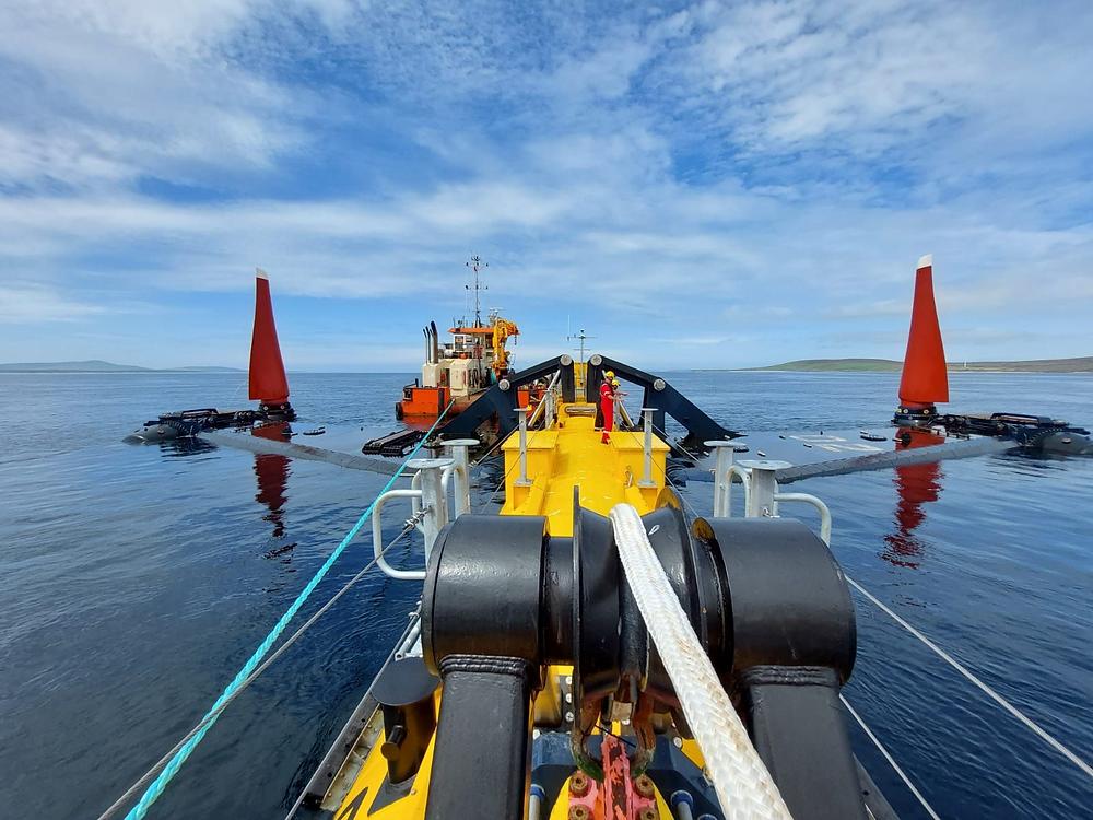 Tidal turbine blades, composite blades, tidal energy