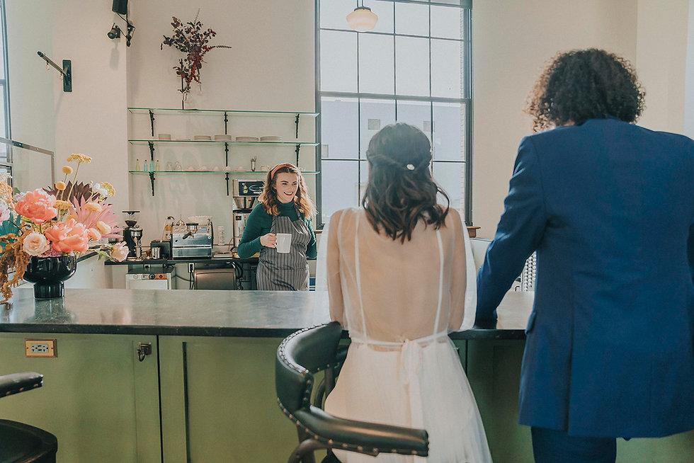 17old-market-omaha-coffee-shop-wedding-v
