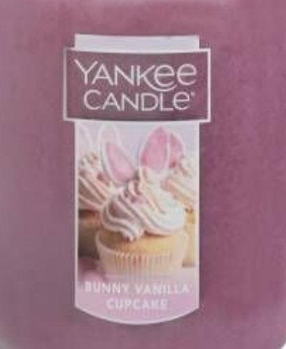 Bunny Vanilla Cupcake USA  Yankee Candle Wax Crumble Pot