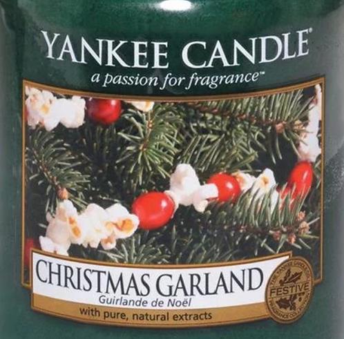 Christmas Garland Yankee Candle Wax Crumble Pot 22g