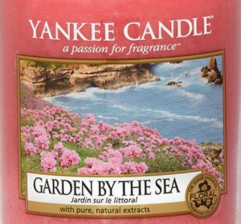 Garden By The Sea USA Yankee Candle Wax Crumble Pot
