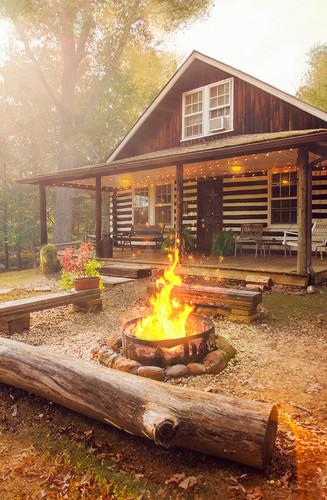 Log Cabin 2 Bedrooms Sleeps 8 lowres.jpg