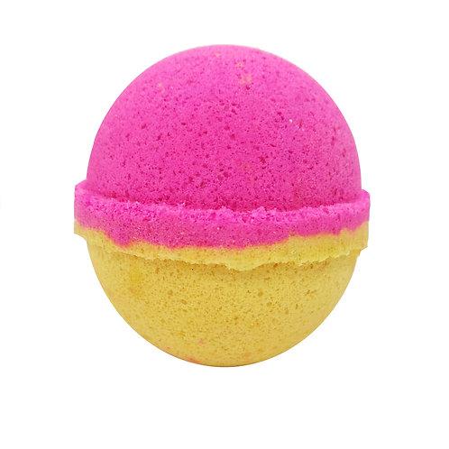Colour Burst Bath Bomb - Strawberries & Cream
