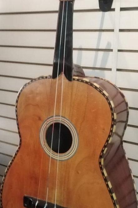 Guitarron RUIZ 4 clavijas de madera