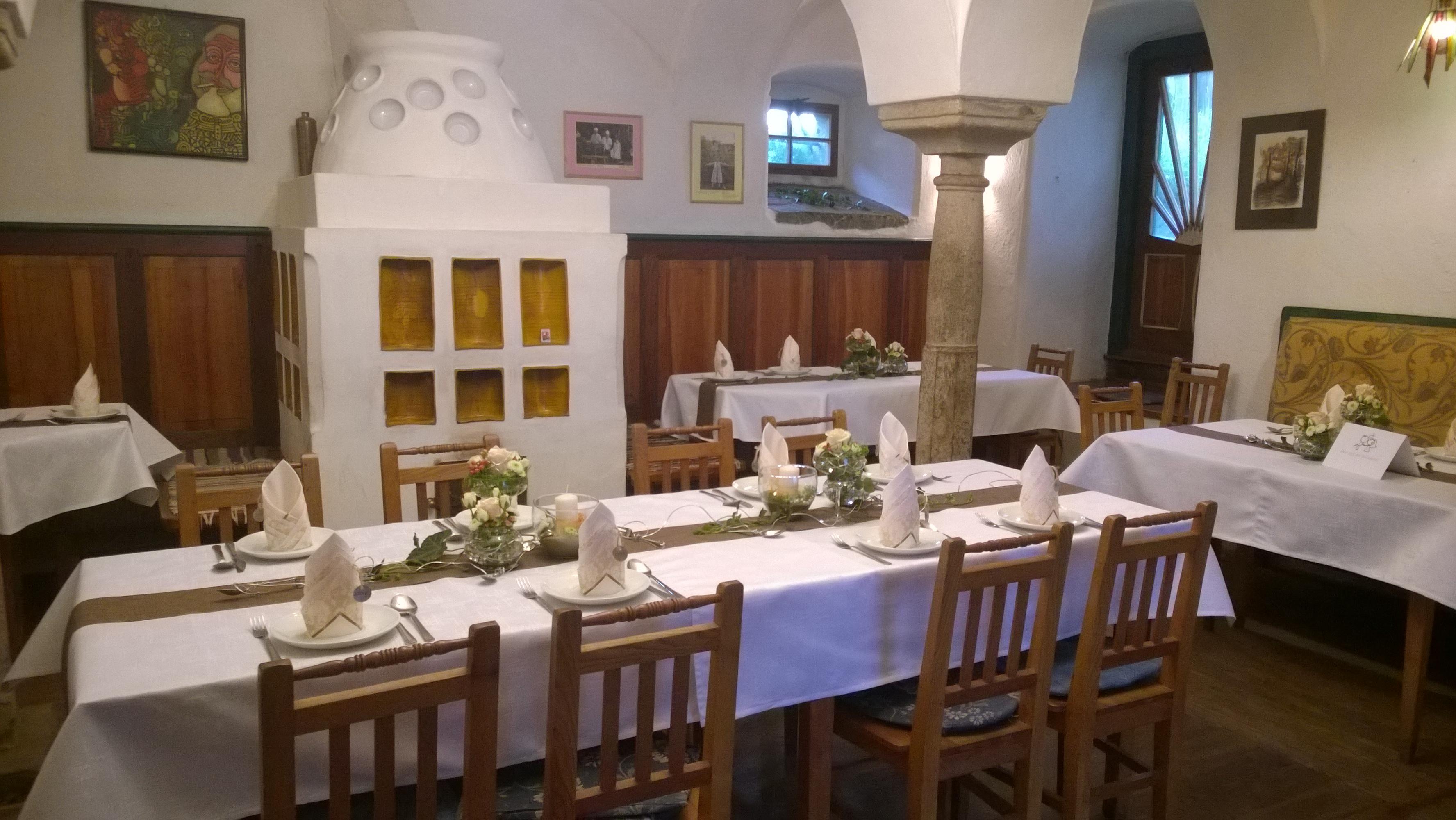 Hochzeitstafel im Stüberl
