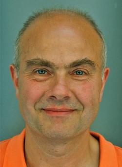 Dr Emmanuel Gonzalez
