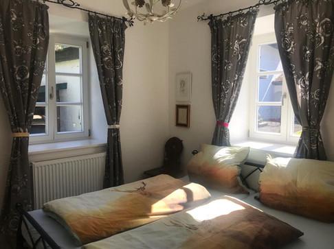 Schlafzimmer Sonnengelb