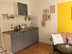 Küche in Sonnengelb