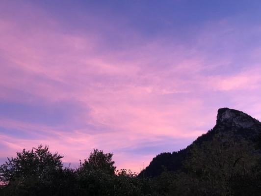 Bergblick auf den Kofel abends