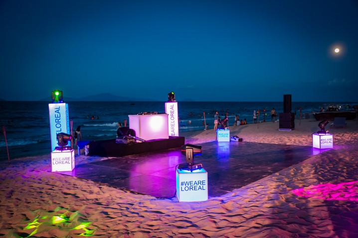 Night dancing floor on beach - Beach Party Set Up in Danang.
