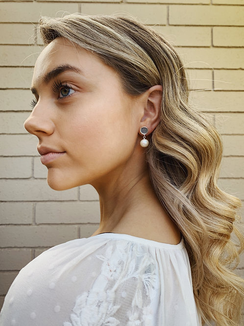 Silver Stud and Pearl Earring