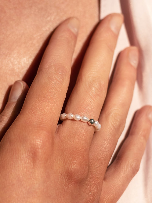 Amelie Pearl Ring