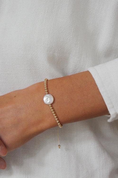 Claudia Moon Pearl string bracelet