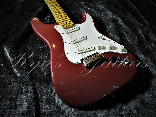 """""""Used"""" Fender American Stratocaster Limited Edition Burgundy Mist 1995"""