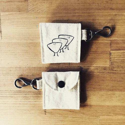 """Wolf Sya Handmade """"Pick Kun"""" Pick Case"""