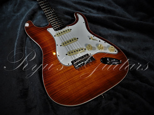 """""""Used"""" Fender Cusotm Shop Flame Maple Custom Deluxe Stratocaster 2019"""