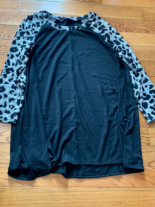 Blk Ls gray Spotted sleeves