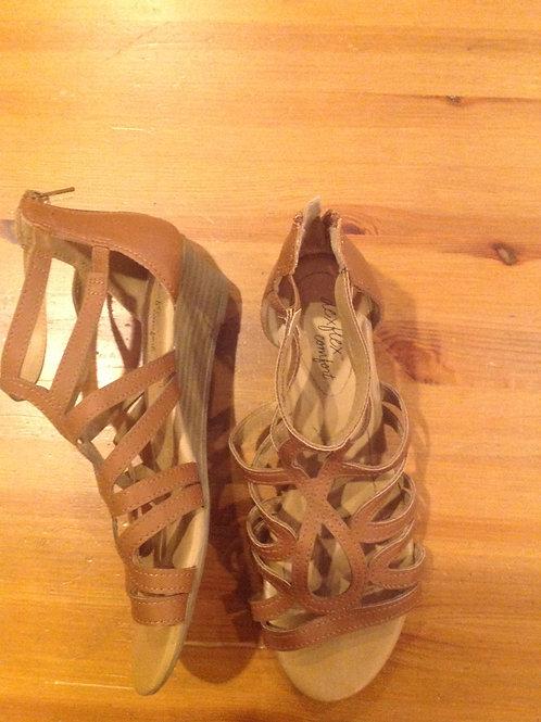 Dexflex comfort brown wedge sandals