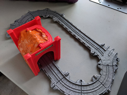 Thomas Take n Play Tidmouth Tunnel travel set