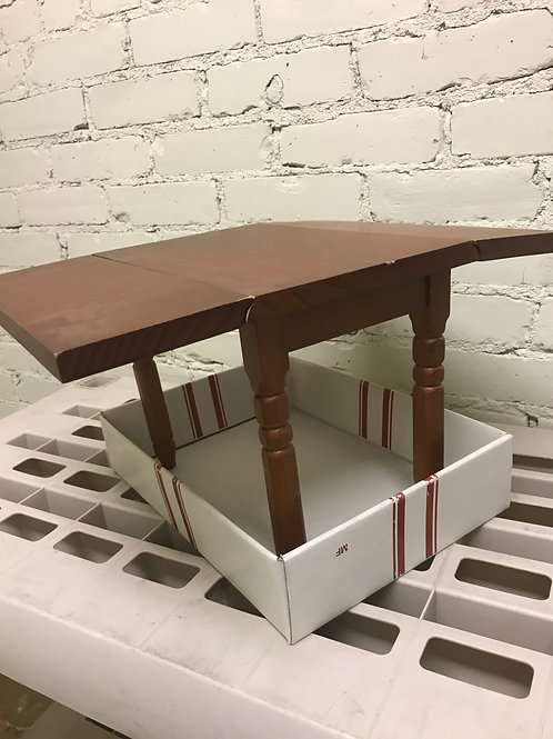 pleasant company brown drop leaf table