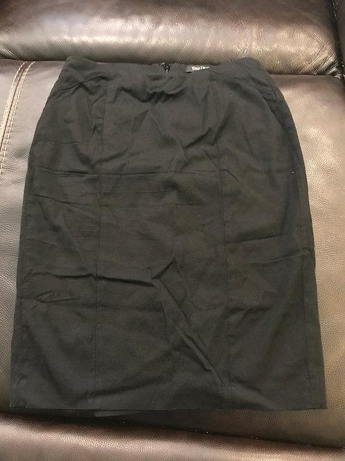 White House black market Black pencil skirt back zip