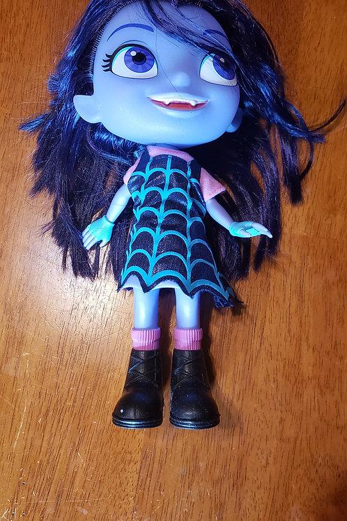 Vampirina doll No batteries