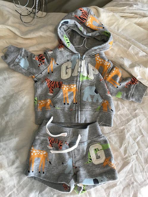 GAP 2pc zip hoodie/shorts Grey w/ zoo animals