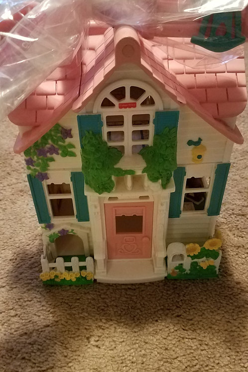 Fisher price house With accessories