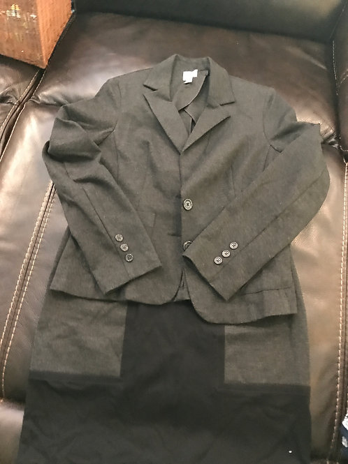 2pc skirt suit grey blk Thick jersey material med