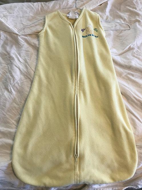 Halo sleepsack yellow 0-6m 10-18lbs fleece