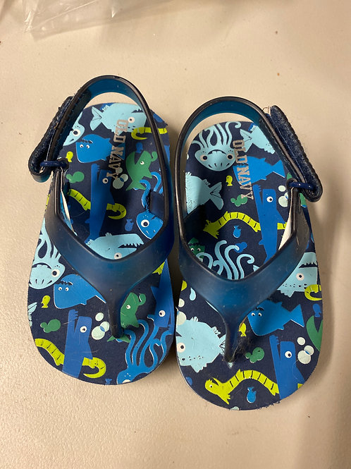 Old navy flip flops Blue  sea life