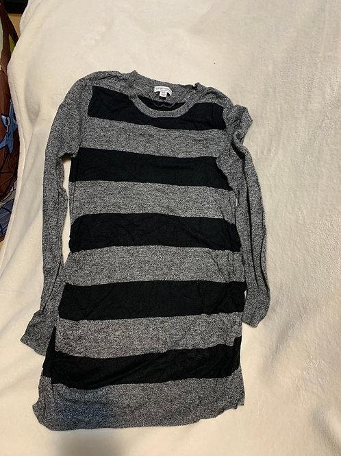 liz lange maternity gray black stripe tunic