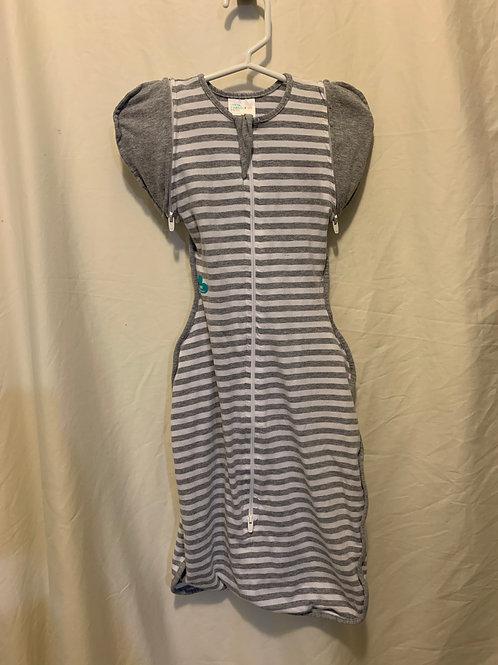 Love to Dream zip sleeves SwaddleUp Med reg $35
