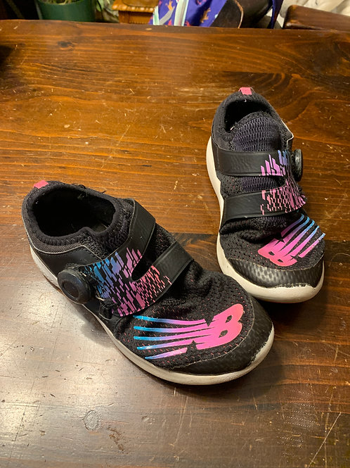 New Balance NB Black shoe pink NB
