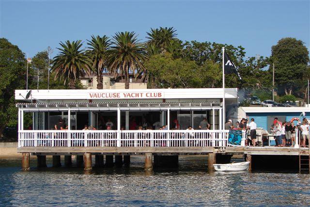 Club water side