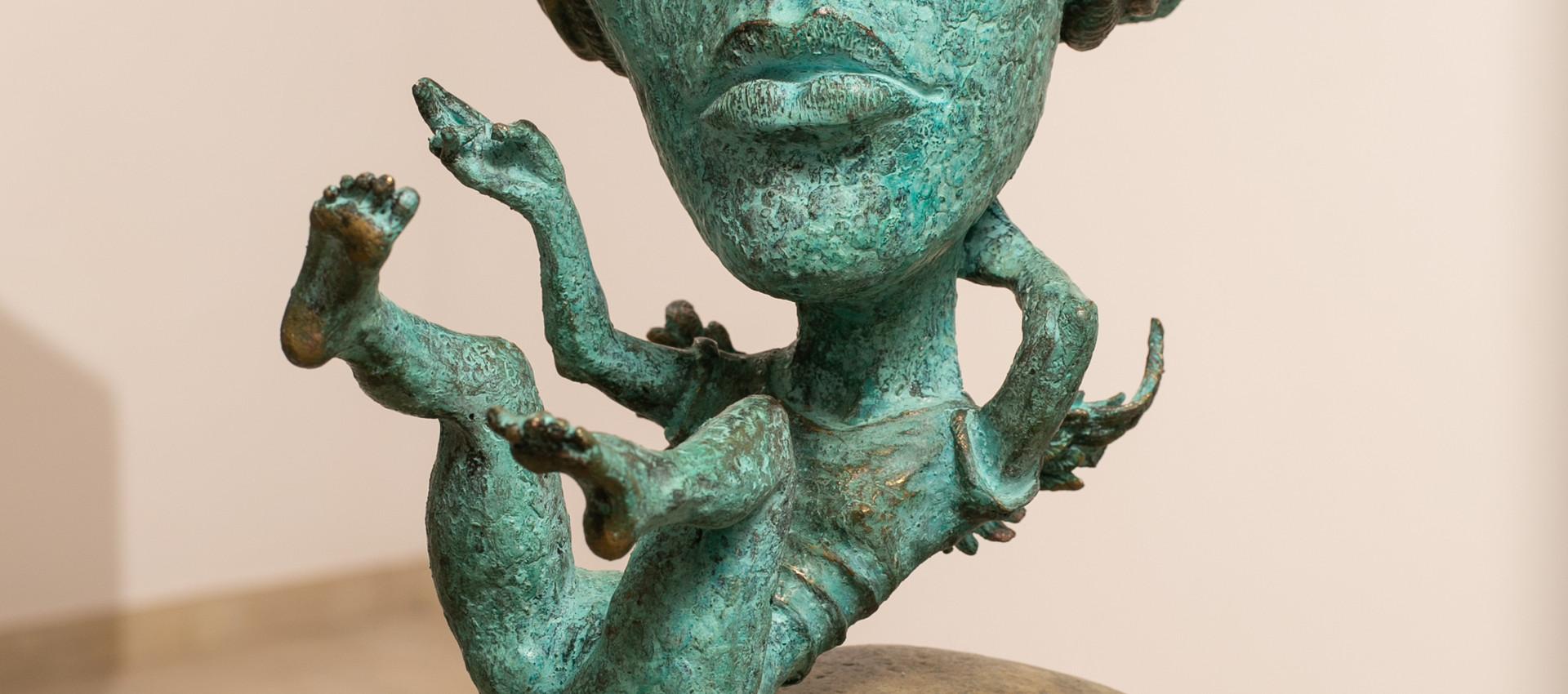 Alina Bachurina. Gnossienne IV, 2020, bronze, stone, 52х26 cm
