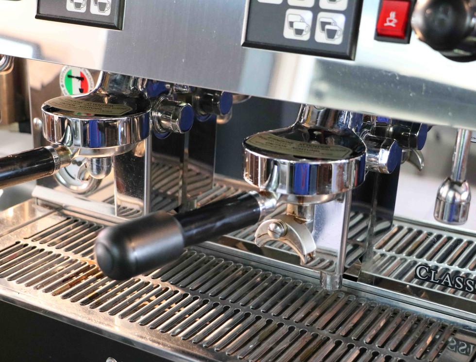 La nostra macchina di caffè.jpg