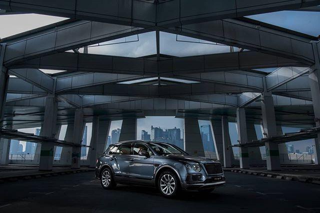Bentley Bentayga Blackline