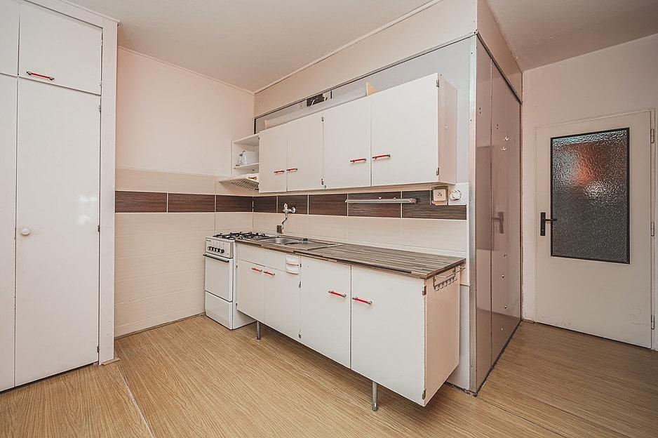 prodej-byt-1-1-ulice-truhlarska-hradec-k