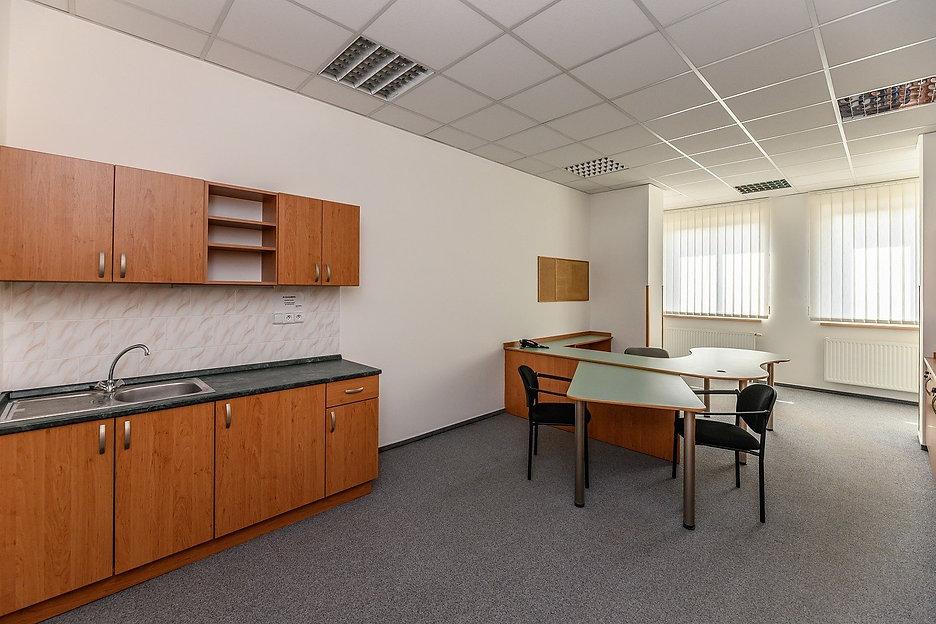 pronajem-kancelar-2924-m2-hradec-kralove