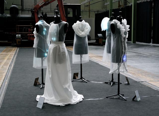 Programmeret lys i beklædning