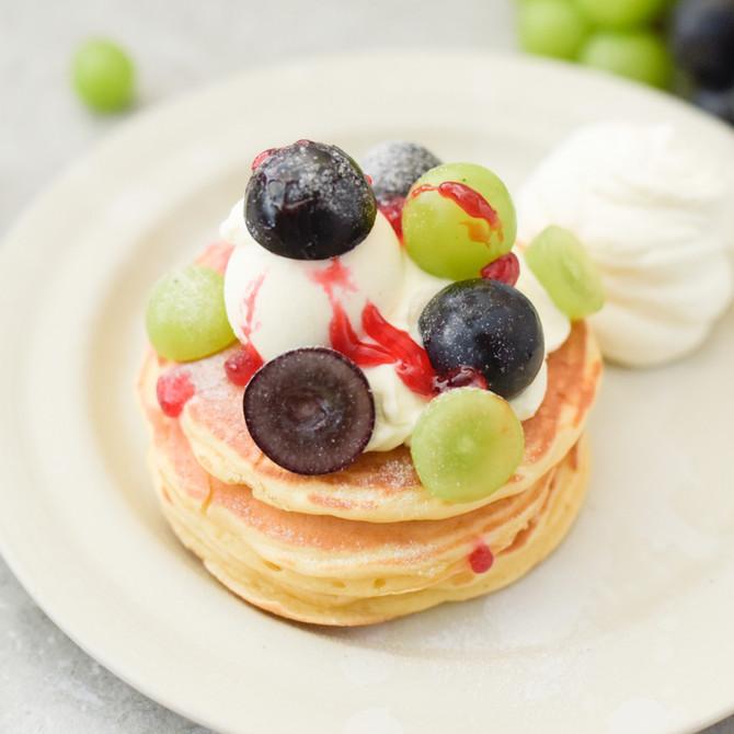 季節限定★旬のフルーツのパンケーキがスタート!