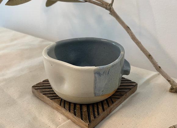 單耳杯 Single ear bowl