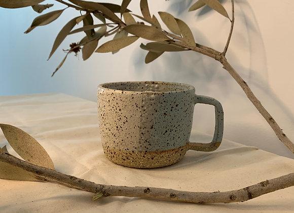 粉藍三色土杯 Earthy mug-light blue