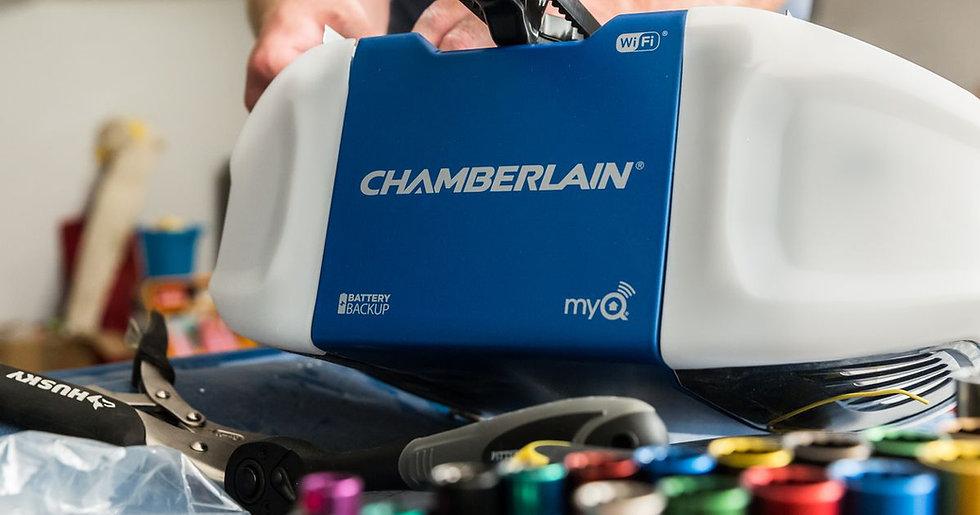 chamberlain-wifi-garage-door-opener.jpg